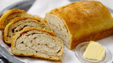 Kanelinen aamiaisleipä