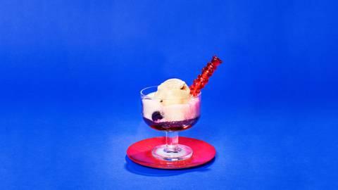 Kirsikka-jäätelödrinkki