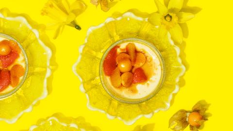 Crème brûlée ja kanelinen sitrussalaatti
