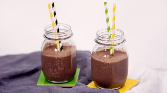 Suklaa-chia smoothie