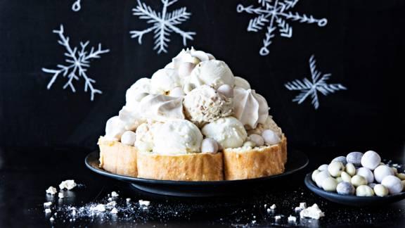 Lumilyhty-jäätelökakku