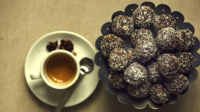 Manteli-kookospallot