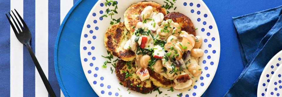 Parmesaani-perunapihvit ja sieni-papukastike