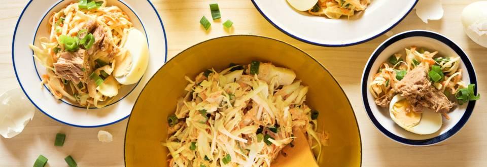 Ruokaisa tonnikala-coleslaw