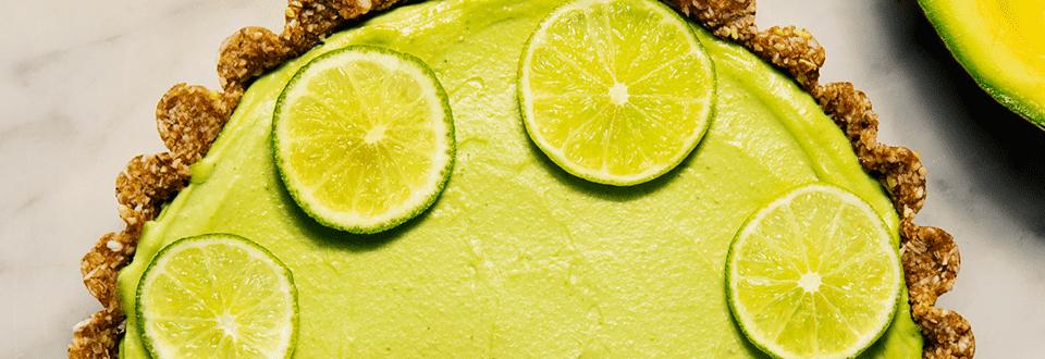 Avokado-limeraakakakku