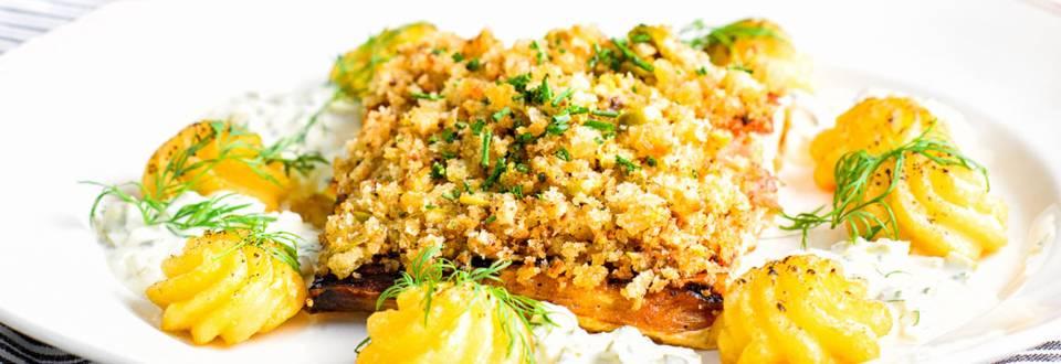 Kuorrutettua loimulohta, duchesse-perunoita ja tartarkastiketta