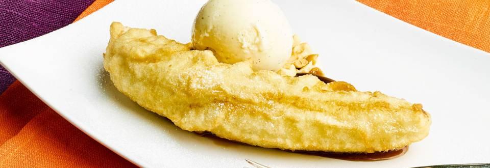 Uppopaistettua banaania, suklaa-pähkinätoffeeta ja vaniljajäätelöä