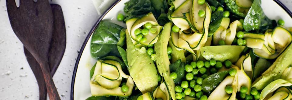 Keväänvihreä salaatti